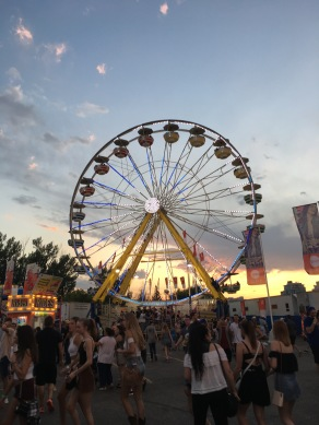 Midway ferris wheel at dusk